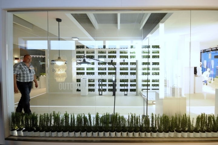 Light-Building-2014-Frankfurt-Leds-C4-06