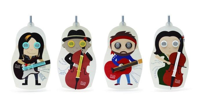 韩国 emart 所推出的《PLUSMATE》耳机,包装设计十分可爱,不同风格的卡通人物代表着不论是哪一种类型的音乐,《PLUSMATE》都能有完美的音质表现。