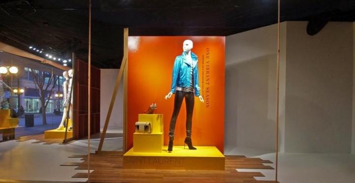 Nordstrom-window-displays-2014-Seattle-Washington-11