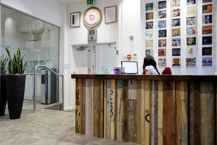 Nandos-office-by-Oktra-London-UK