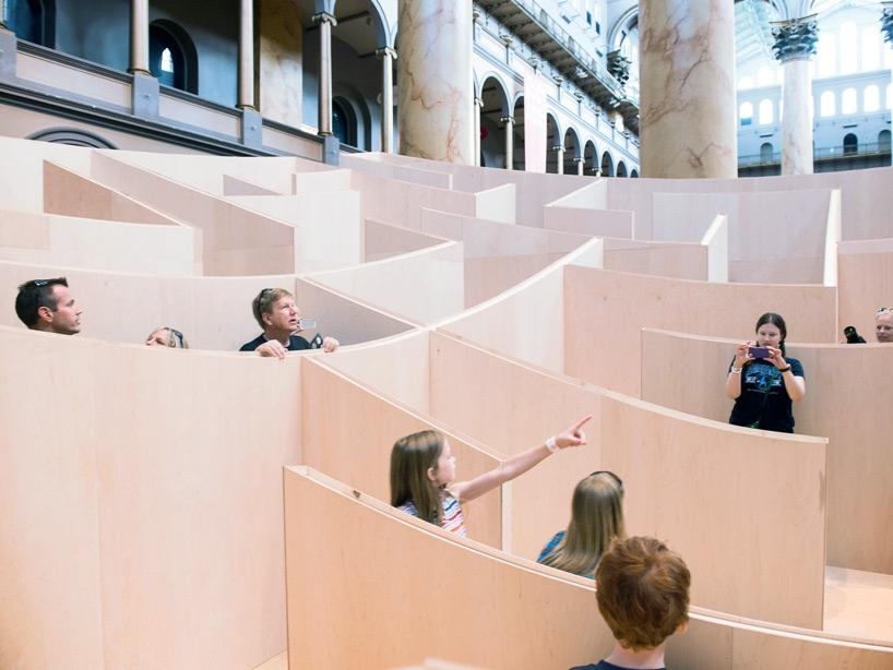 bjarke-ingels-group-big-maze-national-building-museum-washington-designboom-02