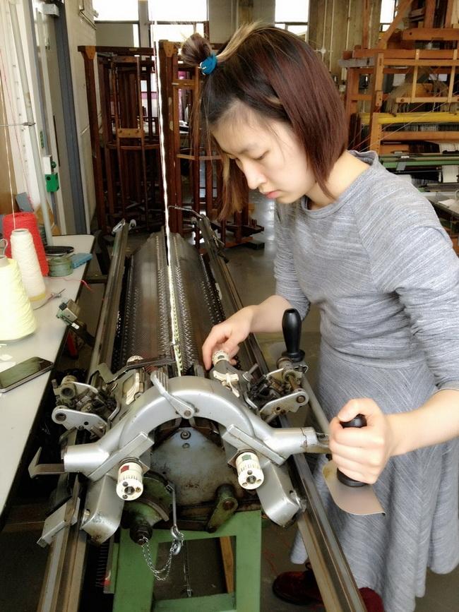 李筱花半年多时间亲手完成她的毕业系列