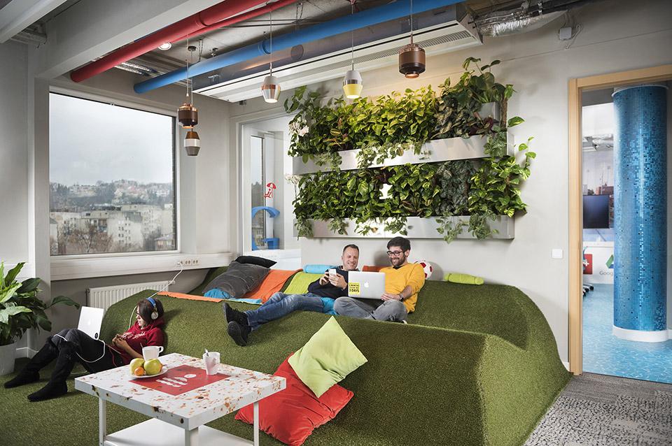 Google Budapest-- Hi office - Hisheji-01 (1)