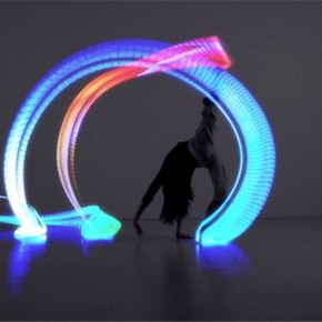 Orphe智能灯光鞋,跳出最炫舞步