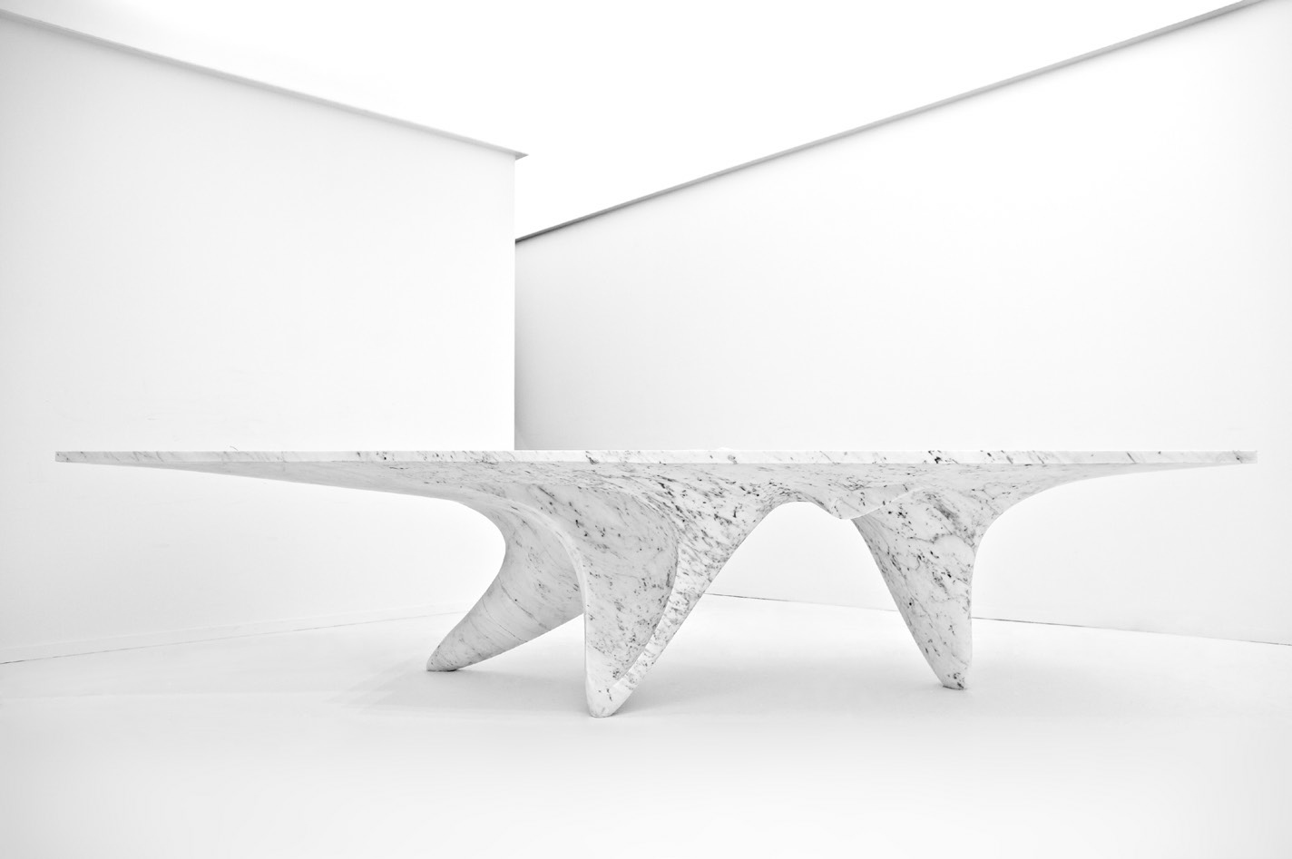 展示了为意大利的室内设计公司 citco 设计了一个全新的家具系列.
