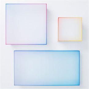 像冰块一样的玻璃桌