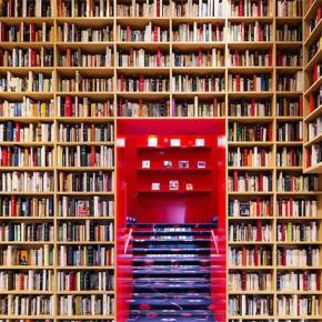 是时装店还是图书馆?