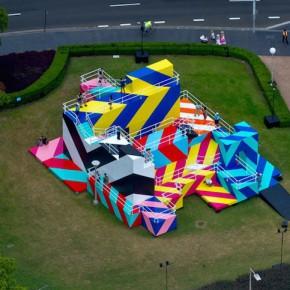悉尼艺术节的色彩迷宫