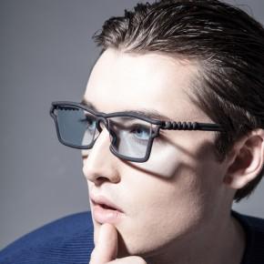 """为你量""""脸""""定做的3D打印眼镜"""
