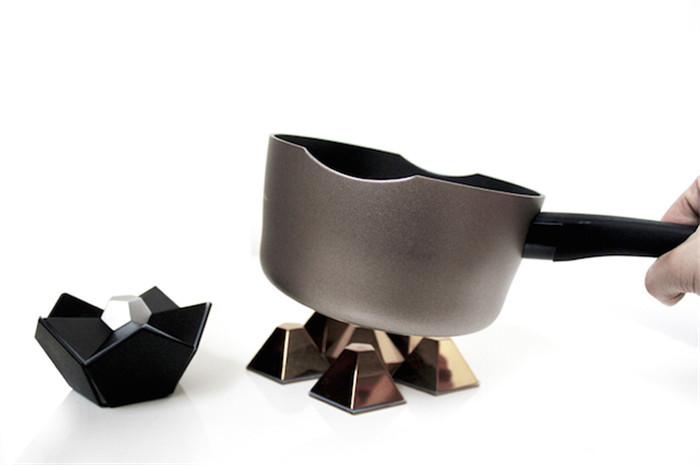 YxR-12faces-potholder-hisheji (1)