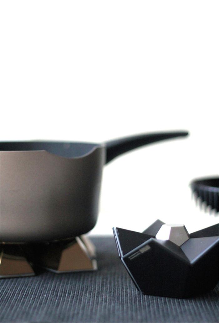 YxR-12faces-potholder-hisheji (4)