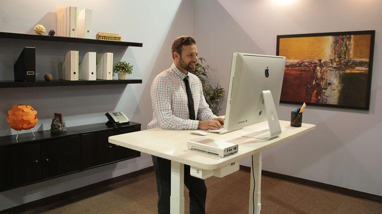 autonomous-standing-desk-hisheji (1)