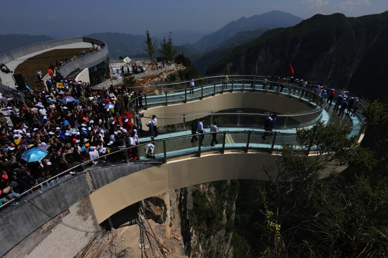china-longest-glass-skywalk-hisheji (1)