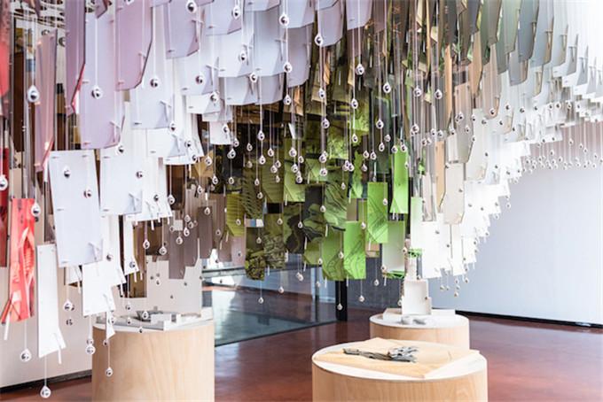 graduate-panel-installation-hisheji (11)