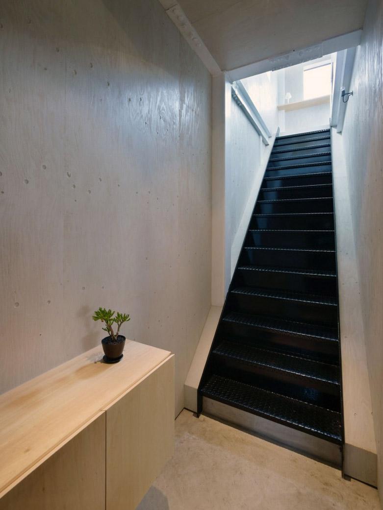 日本夫妻将工厂仓库改造成の私人密室 Hi设计