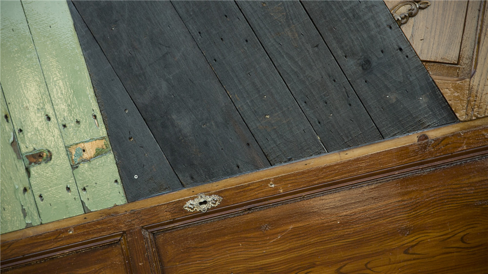 ELSEWHERE-wood-plank-hisheji (17)