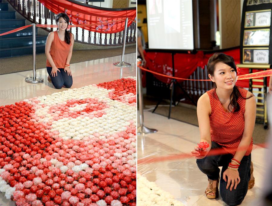 Red-Aung San Suu Kyi-flowers-hisheji (11)