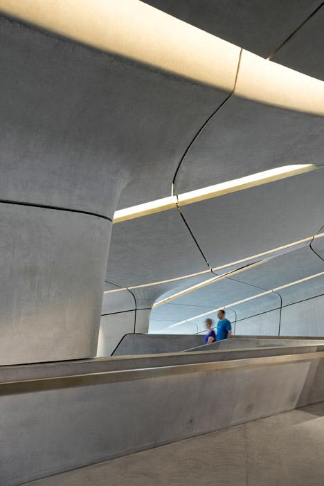 Zaha-Hadid-Architects-Messner-Mountain-Museum-hisheji (1)