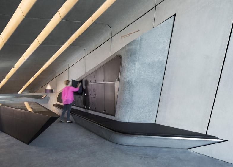 Zaha-Hadid-Architects-Messner-Mountain-Museum-hisheji (4)