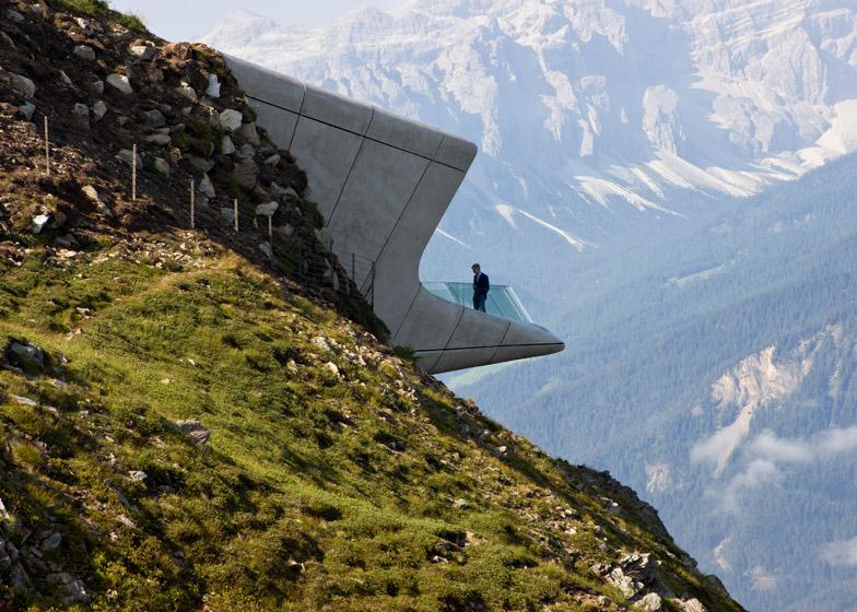 Zaha-Hadid-Architects-Messner-Mountain-Museum-hisheji (5)