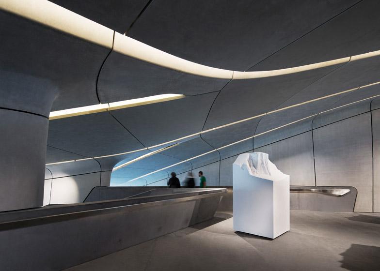 Zaha-Hadid-Architects-Messner-Mountain-Museum-hisheji (6)