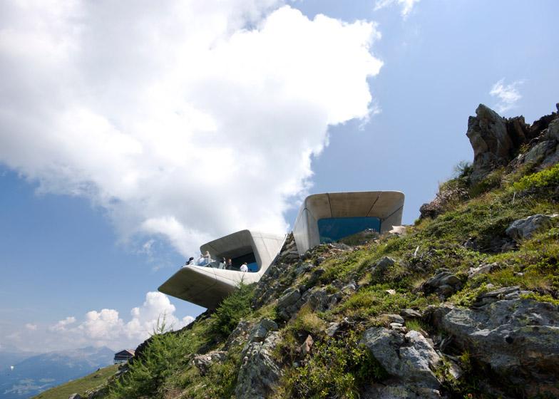 Zaha-Hadid-Architects-Messner-Mountain-Museum-hisheji (8)