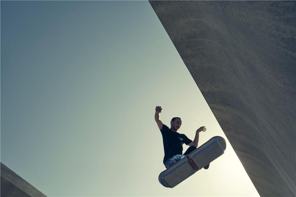 Lexus-Hoverboard-hisheji (3)
