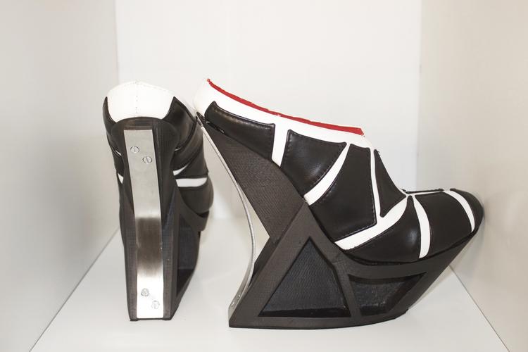SilviaFado-HXX-3Dprinted-shoe-hisheji (2)