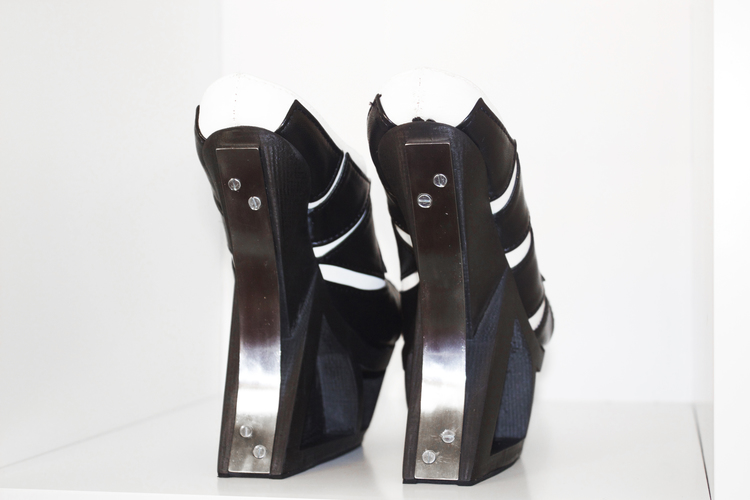 SilviaFado-HXX-3Dprinted-shoe-hisheji (3)
