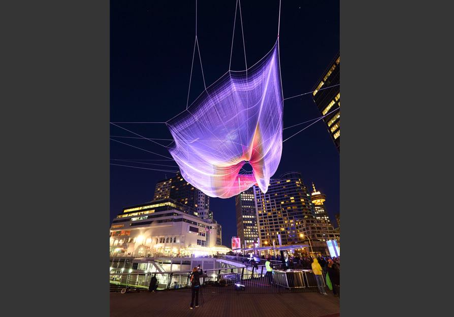 Vancouver-Skies-Painted-with-Unnumbered-Sparks-hisheji(14)