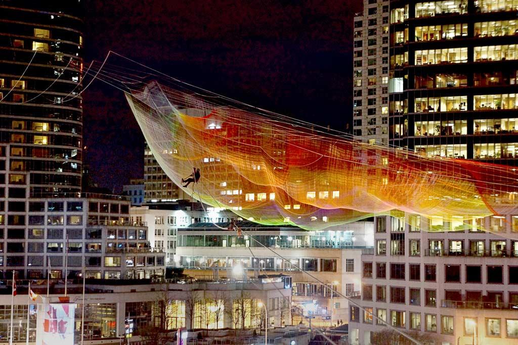 Vancouver-Skies-Painted-with-Unnumbered-Sparks-hisheji(23)