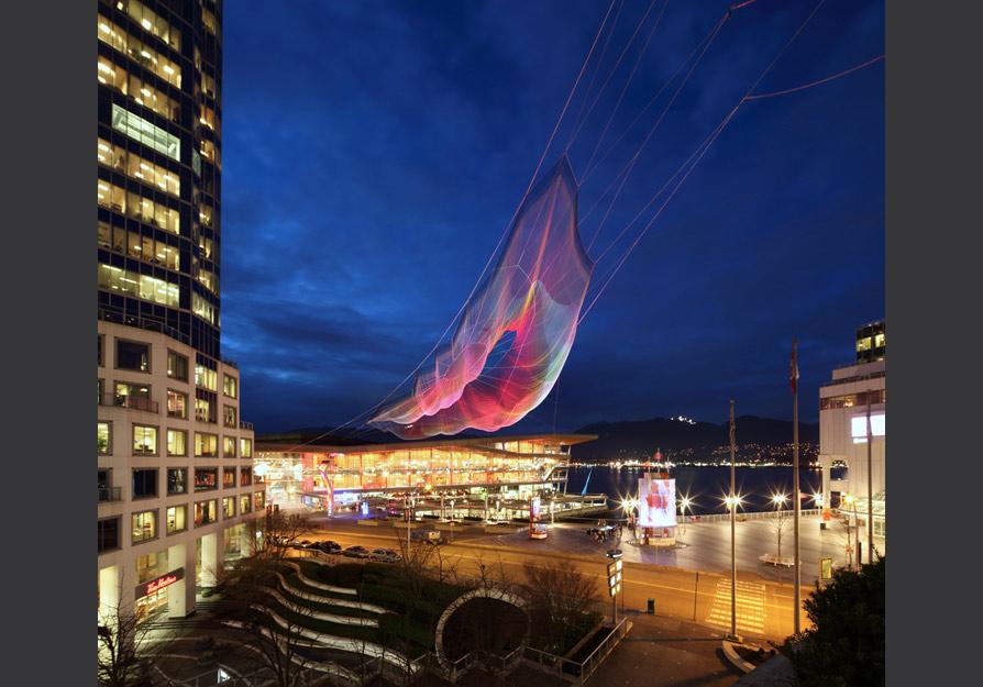 Vancouver-Skies-Painted-with-Unnumbered-Sparks-hisheji(8)