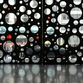 有温度的混凝土:日内瓦火车站的超级大门