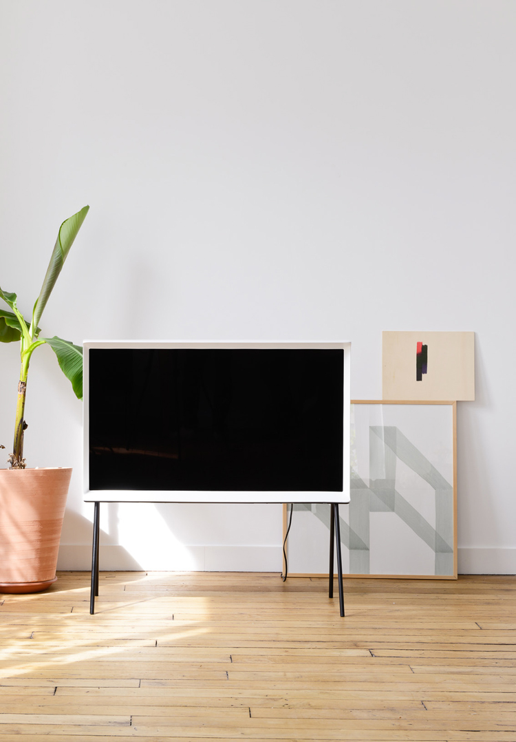 ronan-and-erwan-bouroullec-serif-tv-for-samsung-hisheji (8)