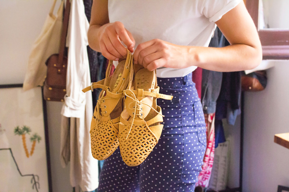 Ariadna-Guirado-Ernest-Vidal-shoe-designers-hisheji (15)