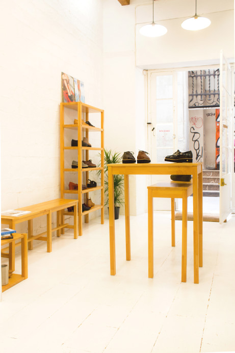 Ariadna-Guirado-Ernest-Vidal-shoe-designers-hisheji (25)