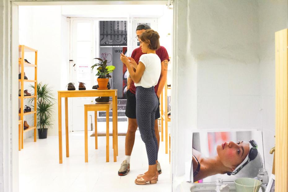 Ariadna-Guirado-Ernest-Vidal-shoe-designers-hisheji (26)