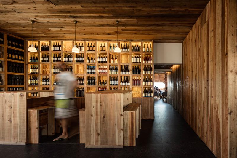 FCC-Arquitectura-Paul-Lobo-Cella-Bar-hisheji (8)