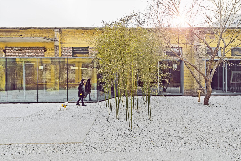 Qigreatwall-art-gallery-courtyard-hisheji (2)