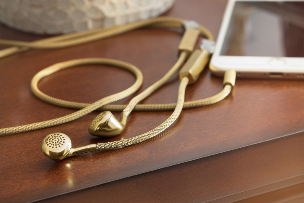 Tinsel-Dipper-Audio-Necklace-hisheji (2)