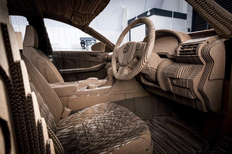 lexus-cardboard-car- (6)