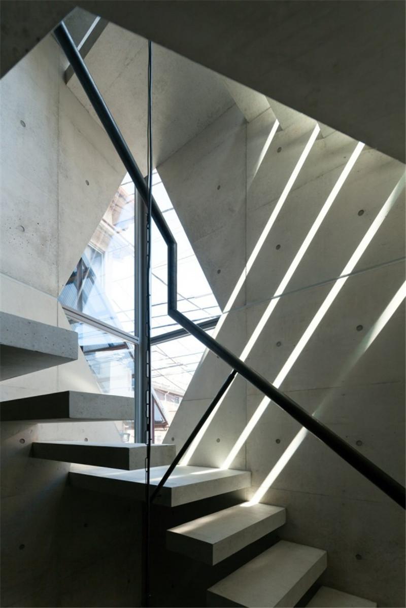 Atelier-Tekuto-concrete-house-hisheji (13)