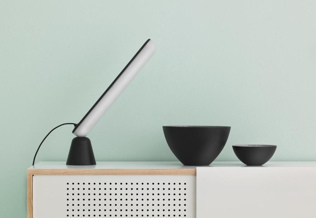 Normann-Copenhagen-Acrobat-Table-Lamp-hisheji (1)