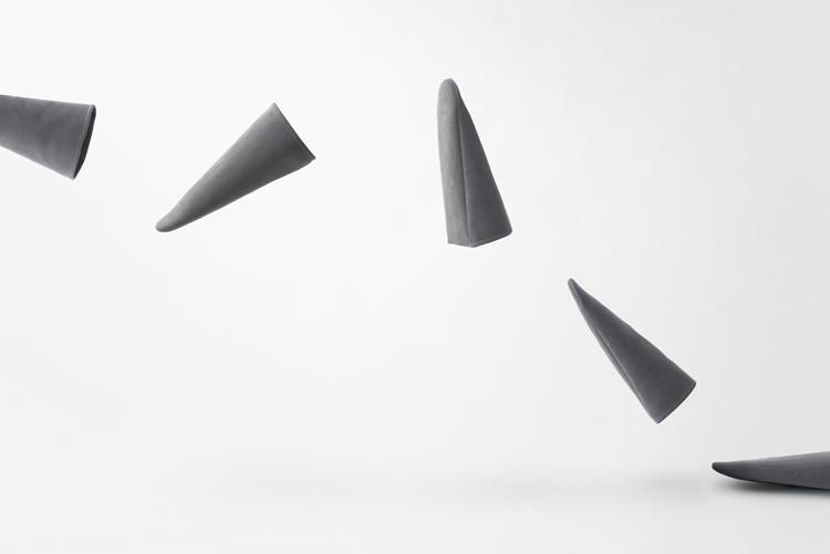 nendo-triangle-roomshoes-hisheji (8)