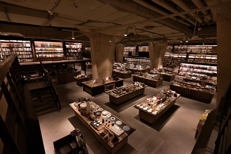 CHU_CHIH_KANG-chengdu-fangsuo-bookstore-hisheji (6)