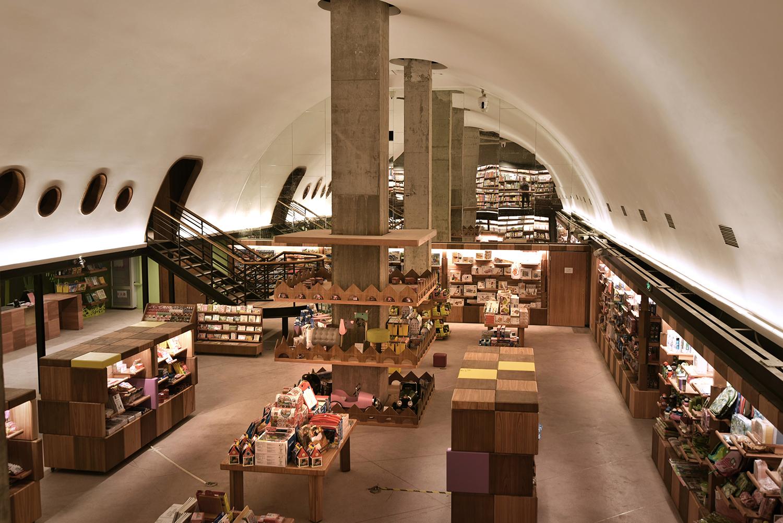 CHU_CHIH_KANG-chengdu-fangsuo-bookstore-hisheji (8)