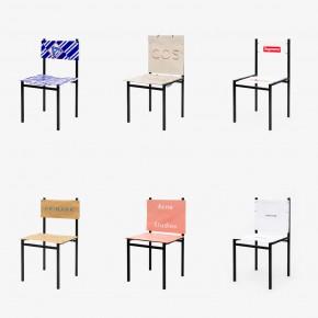 """探索当代消费主义的""""购物袋""""椅"""