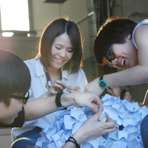 利用废旧材料加工制作,这个香港设计团队让人拍手叫绝!