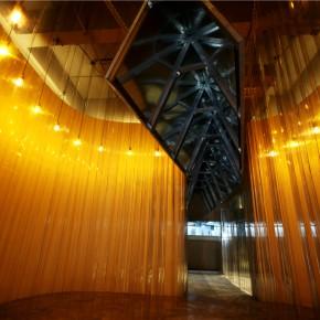 感性似木,理性如铁,武汉这家餐厅设计得真特别!