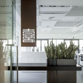 这个极简空间把美感与功能完美结合
